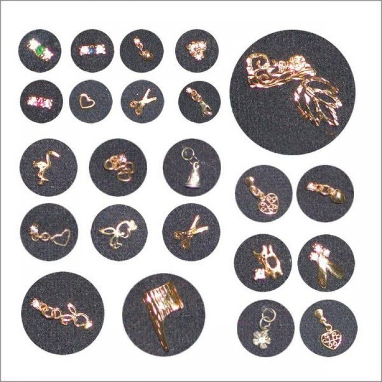 Металлические украшения для ногтей со стразами